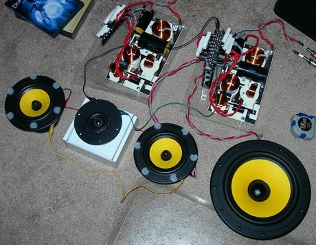 How To Wire Up A 7 Pin Trailer Plug Or Socket 2 besides Las Mujeres Mas Hermosas De Londres 2012 moreover Diy 3 Way Hi Vi Tower Speakers For The Audiophile With Skills together with ment Page 3 moreover 480v Photocell Wiring Diagram 35046. on 3 way wiring diagram