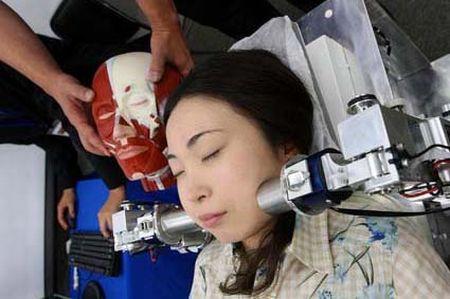 wao-1-face-massaging-robot_48.jpg