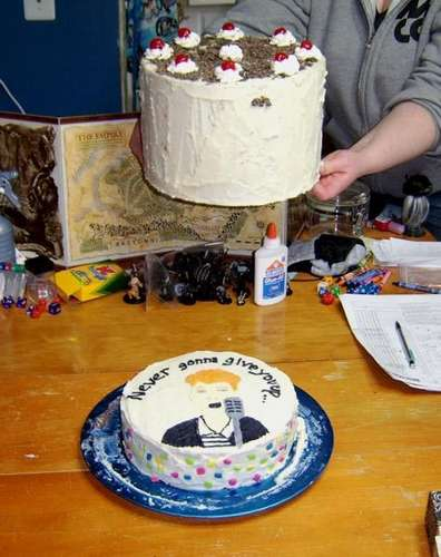 Rick Roll Cake Continues The Baked Goods Meme Gearfuse