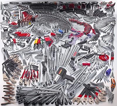the 1470 piece $8,600 craftsman professional tool set