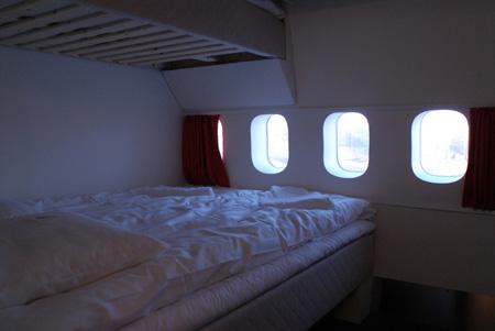 airplane_hostel