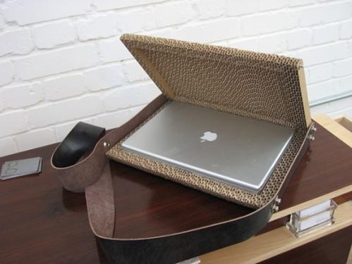 corrugated-cardboard-laptop-case-1jpg