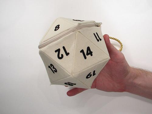 d20-hand-bag