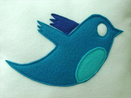 twitter-bird-icon-pillow_3