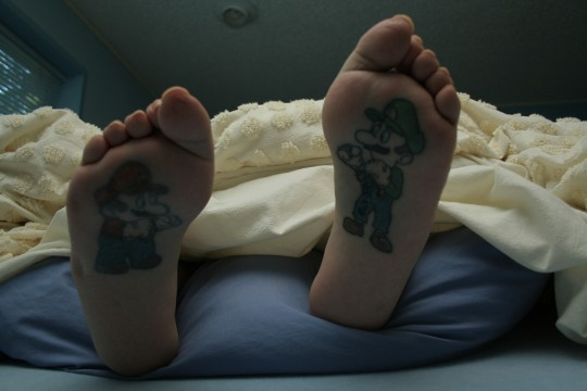 mario-foot-tattoo1