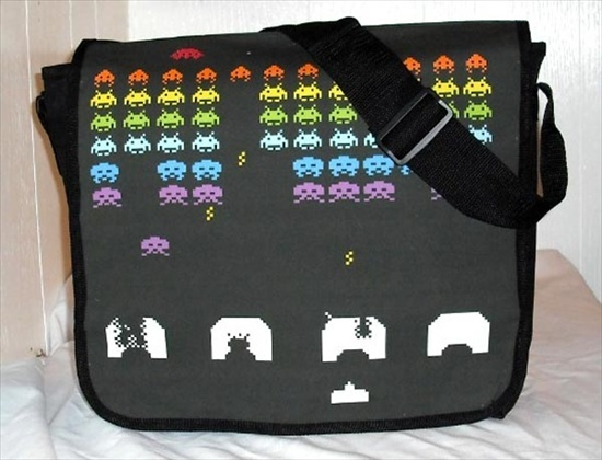 retro-arcade-game-messenger-bags_1