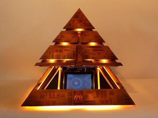 pyramid-htpc-casemod_2