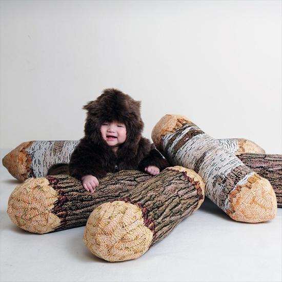 log-pillow
