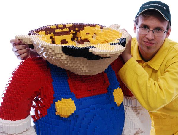 life-sized-lego-mario3