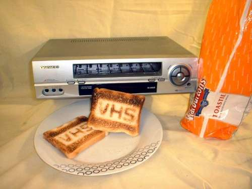 vhs-toaster