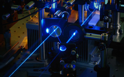 Lockheed Martin Using Spectral Beam Combining to Develop Laser Guns