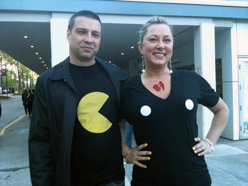 pac-man-couple-outfit
