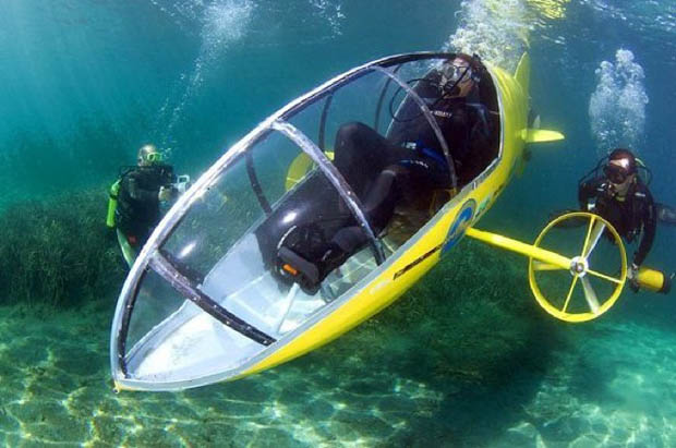 Scubster: The Pedal-Powered Submarine