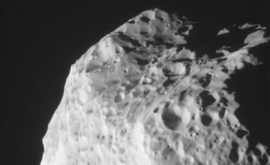 Amazing New Photos of Saturn's Strange Moon Hyperion