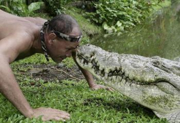 30 Ft Crocodile http://www.gearfuse.com/mans-best-friend-a-17-foot-crocodile/