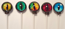 Creepy Eyeball Lollipops