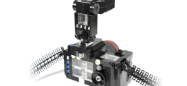 DSLR Camera Made Entirely Out of LEGO Bricks