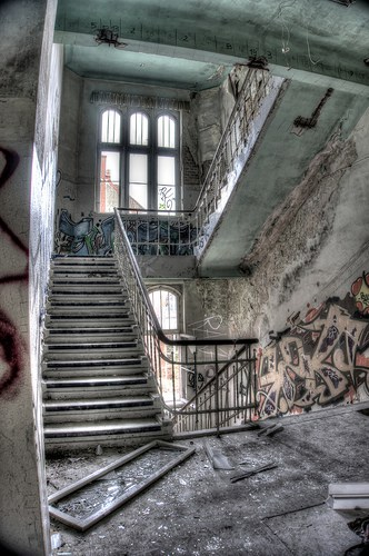 Abandoned Clinic for Neurosurgery in Germany by Flickr User Jambommes