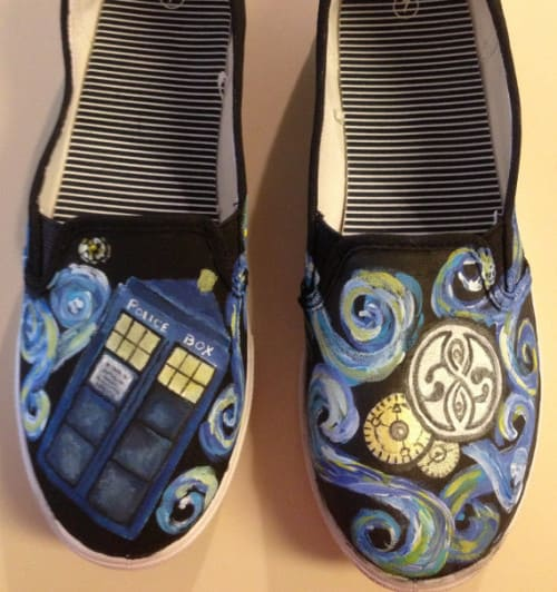 Hot sale Doctor Who tardis/dalek shoes canvas high top hand