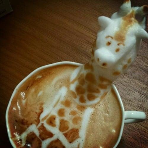 Giraffe Coffee Art