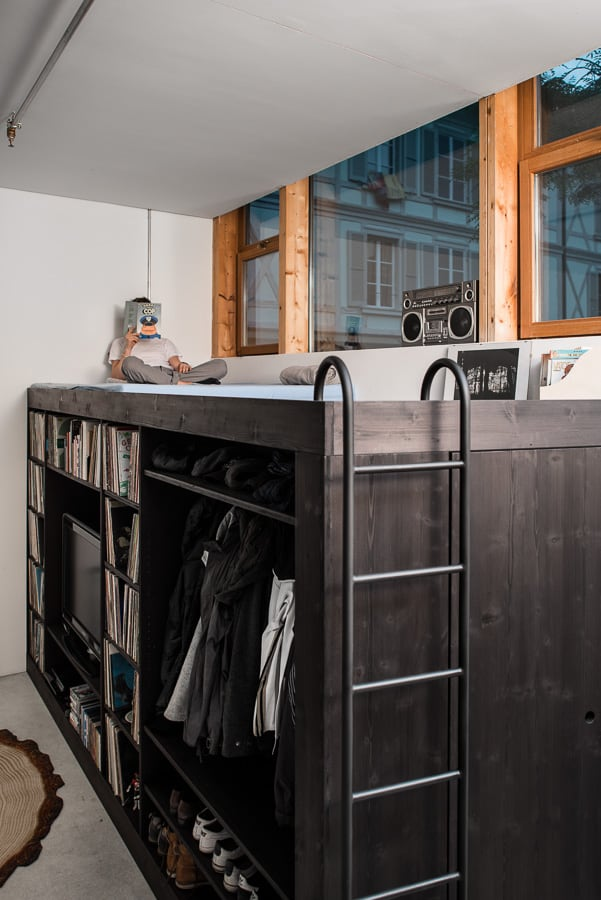 Life organized in to 100 square feet with the living cube for 100 square foot room