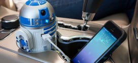 The R2D2 USB Charger, Because We Need A Black Friday Break