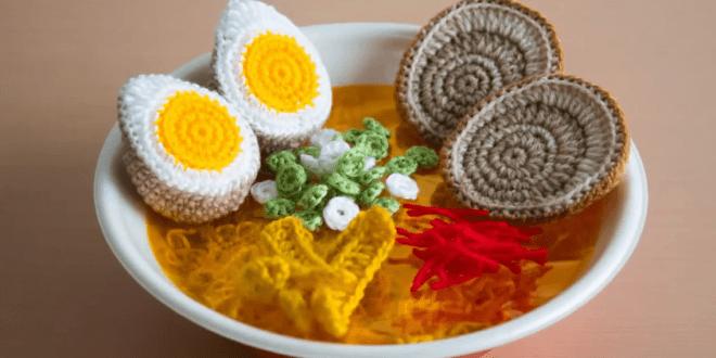 OM NOM NOM: Crocheted Ramen Noodles