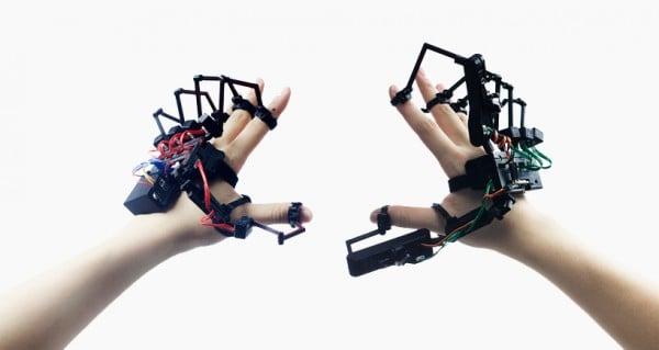 dexmo-exoskeleton
