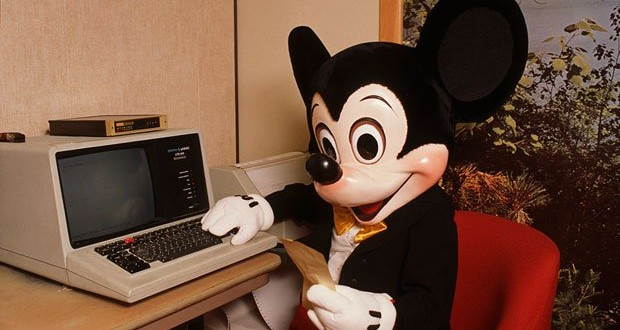 Retro: Mickey Mouse Using a Sperry Univac Terminal