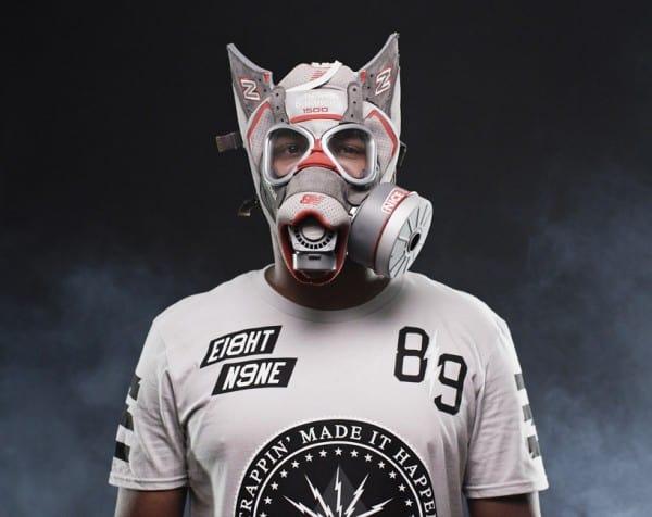 sneaker-gas-mask3