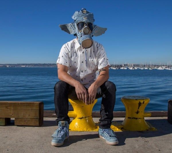 sneaker-gas-mask6