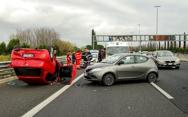 Top 7 Tips To Prevent Car Accidents | Gearfuse