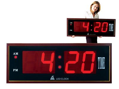 super large display led clock