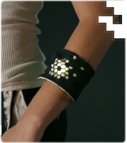 2 Way Light Switch >> DIY: Wearable LED Light Bracelet Cuff   Gearfuse