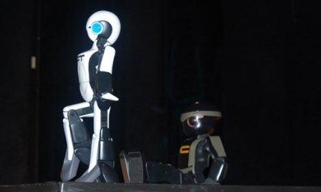 ft_robot_01_1.jpg